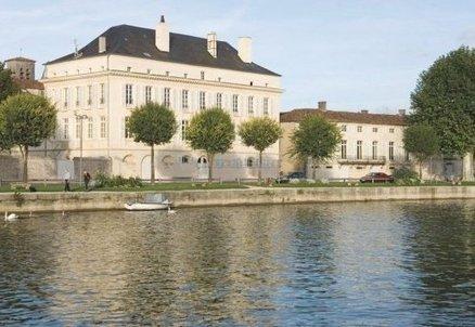 Les cognacs Hine vendus à la famille Nicolas pour environ 50M€   Actualités du Cognac   Scoop.it