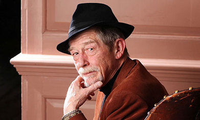 John Hurt: I thought Doctor Who fans would be loonies but they're charming | el mundo segun alicia | Scoop.it