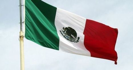 Red, white and green are the principal colours of the flag of Mexico | Baja California | Scoop.it