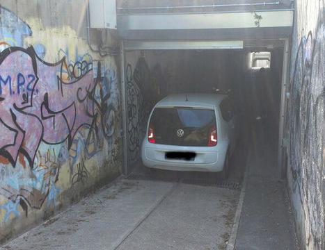 Saronno - Auto incastrata nel sottopasso pedonale, liberata dai vigili del fuoco   Saronno/Tradate   Varese News   Saronno   Scoop.it