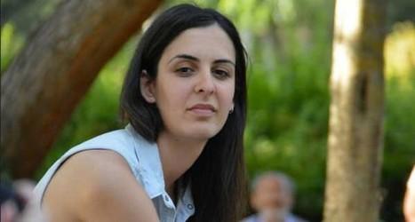 Mírala, otra señorita alardeando de puta en la playa   lamarea.com   Mujeres el 51 por ciento de la población   Scoop.it