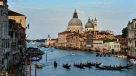 Will Venice be loved to death? - BBC News   sustainable travel and tourism   Scoop.it