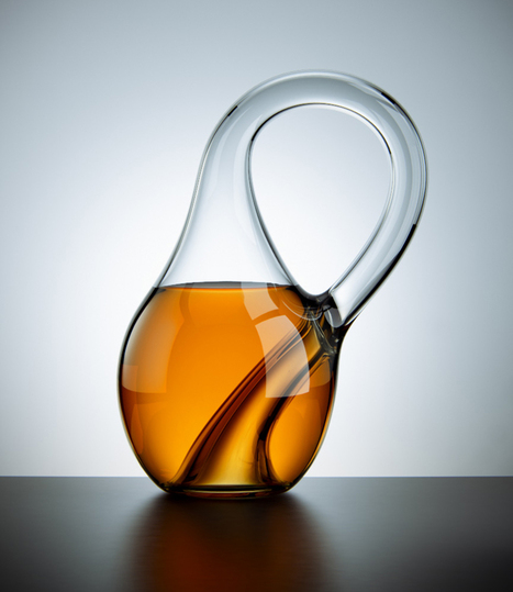 Bottle Design Brain Melter: The Handle is the Spout, the Opening is on the Bottom, the Inside and the Outside Are the Same Surface | Contemporary Art, Design and Technology | Scoop.it
