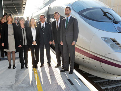 Spain   High speed services between the Spanish and French networks are expected to start in April 2013   Rail and Metro News   Scoop.it