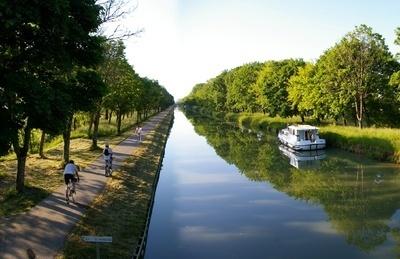 Le Canal des 2 Mers à vélo : Un nouveau produit touristique - Départements & Régions Cyclables | Odyssea : Escales patrimoine phare de la Méditerranée | Scoop.it