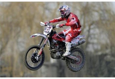 Melandri's training with motocross at Pomposa | MotoGP World | Scoop.it
