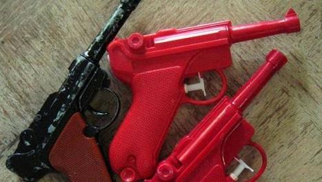 The First 3-D-Printed Gun Is Already A Museum Piece | Plastics | Scoop.it