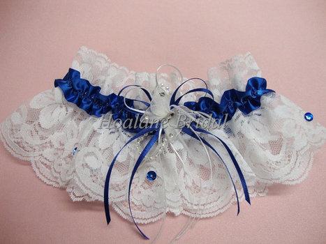 Lace Garter, garter with butterfly, wedding/prom garter | Wedding Garters | Scoop.it