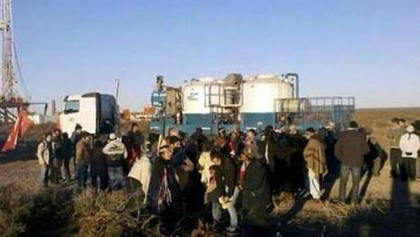 Mapuches ocupan cuatro pozos petroleros en rechazo al acuerdo con Chevron   TN.com.ar   TN.com.ar   Protesta mapuche contra Chevron   Scoop.it