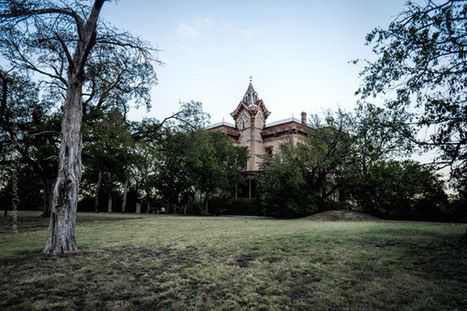 The Waggoner Mansion in Decatur, Texas - James Johnston | Photography | Scoop.it
