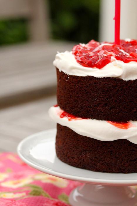 Karen's Kitchen Stories: Strawberry Chocolate Anniversary Cake   #chocolateparty   Karen's Kitchen Stories   Scoop.it