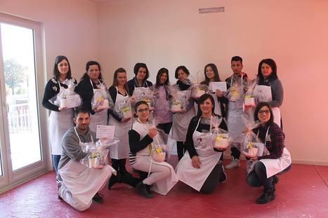 """Foto di Gruppo Corso """"Una Mimosa per la Festa delle Donne""""   Cake Design e Decorazioni Torte   Scoop.it"""