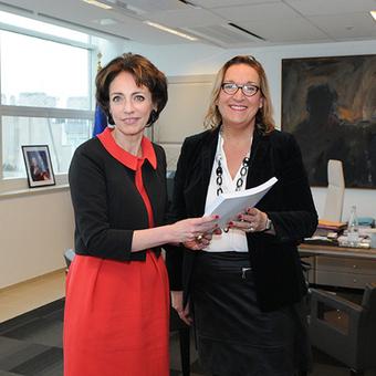 Représentation des usagers en établissement de santé: Claire Compagnon remet son rapport à Marisol Touraine   Droits des patients et initiatives patients experts   Scoop.it