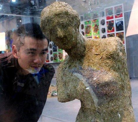 Une statue en crottes de panda vendue 34.000 euros en Chine | Mais n'importe quoi ! | Scoop.it