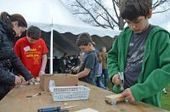 Making a statement: Crowd celebrates spirit of creativity at library's Maker Faire | innovative libraries | Scoop.it