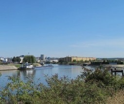 Plusieurs centaines de Roms ont rejoint un terrain du port de Bonneuil - 94 Citoyens   Roms   Scoop.it