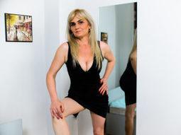 Five Stunning Blonde Cam Girls | Live Cam Girls | Scoop.it