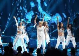 American Music Awards 2013: TLC reunites to perform 'Waterfalls,' features ... - New York Daily News | Music | Scoop.it