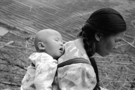 Femme à l'enfant photo du photographe  o2c   LA GALERIE VIRTUELLE   Photographie d'art   Scoop.it