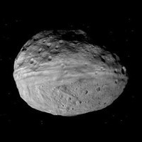 Video : embark on a flyover of giant asteroid Vesta from the perspective of NASA's Dawn spacecraft | Space matters | Scoop.it