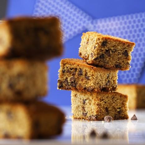 Chocolate Chip Cake Bars Vegetarian Recipe   Food for Foodies   Scoop.it