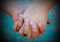 Hold sammen – hold hender I avsky mot vold og i medfølelse med alle som er rammet | Sosial på norsk | Scoop.it