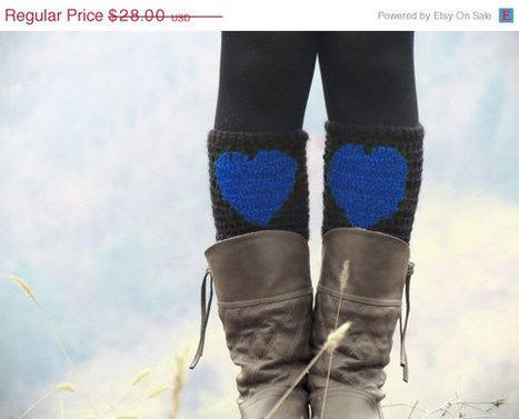 DISCOUNT Boot Cuffs Blue Black Short Heart Knit Boot Cuffs. Love Heart Short Leg Warmers. Crochet heart Boot Cuffs. Legwear black blue by EmofoFashion | women fashion | Scoop.it