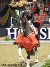 Charlotte Dujardin and Valegro Take Dressage Grand Prix Freestyle World Record | Horse and Rider Awareness | Scoop.it