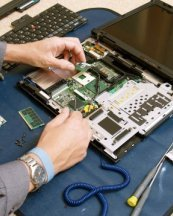 Una empresa andaluza busca 200 reparadores de dispositivos electrónicos   ORIENTACIÓ   Scoop.it