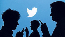 Twitter users in France can now tweet money - FT.com | Europe Economy booming | Scoop.it