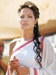 Angelina Jolie: possibile ritiro dal mondo del cinema! - PSDM | Love 2.0 | News | Scoop.it