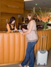 Hotel Front Desk Is Also A Part of Your Hotel Marketing Desk | HotelCluster.com Blog | HotelCluster | Scoop.it