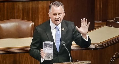 Florida Republican threatens to free 100 mosquitoes on House floor after GOPers block Zika funding | Restore America | Scoop.it