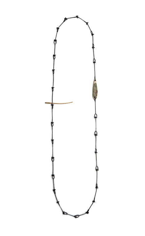 Jo Pond: Intimate   Velvet da Vinci   shubush jewellery adornment   Scoop.it
