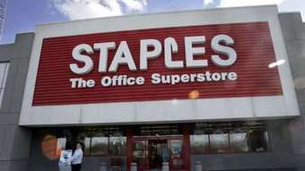 Staples to carry Apple products, employees' tweets say - Los Angeles Times | Technology for productivity | Scoop.it