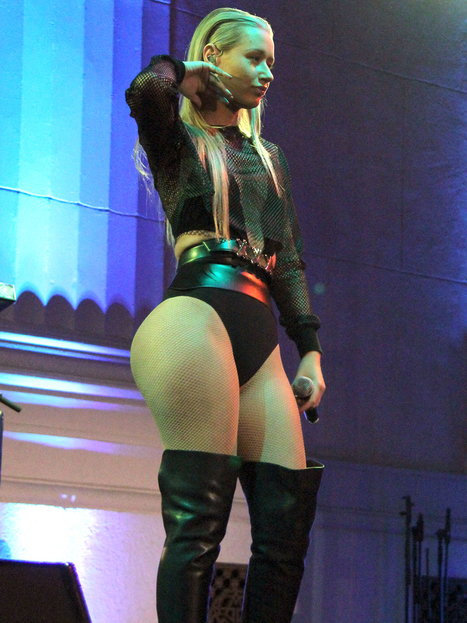 Iggy Azalea has a bigger butt?   Famous Naked Celebrities   Celeb news and sexy photos   Scoop.it