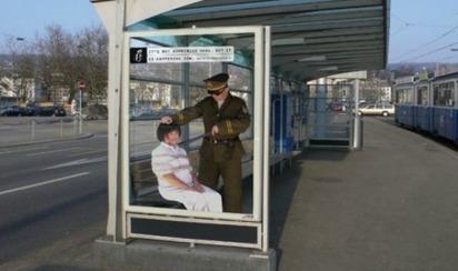 Top 12 des affiches chocs d'Amnesty International, les trompe-l'oeil à l'arrêt de bus | Campagne Publicitaire | Scoop.it