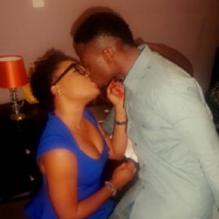 HipHop Rising Star, Brain Caught Kissing Pretty Nollywood Actress, Sotayo (Photo)   The Music Experience - International, AfroBeat, HipHop, Pop and R&B   Scoop.it