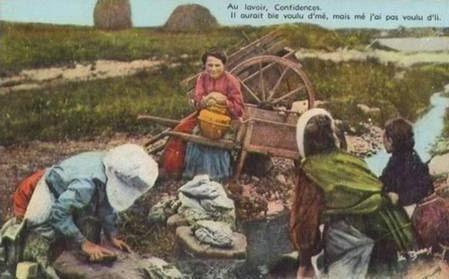 Petite histoire des lavoirs : PASSION GENEALOGIE NORMANDE | GenealoNet | Scoop.it