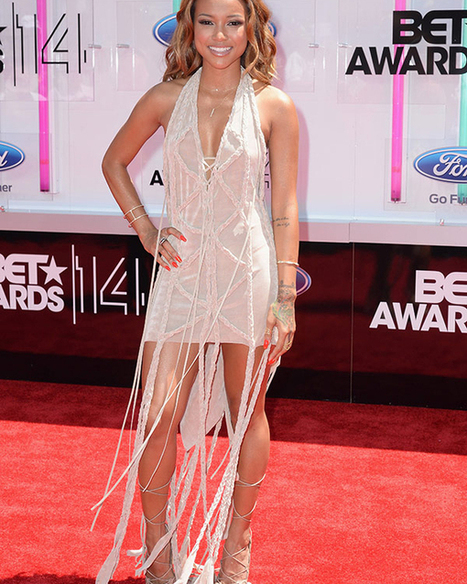 Karrueche Tran Charms & Stuns As Host On The BET Awards Red Carpet | Know your Fashion | Scoop.it