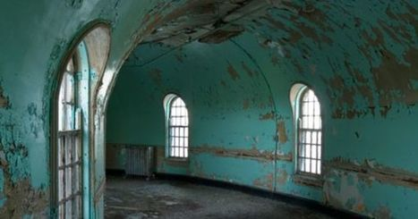 Abandoned Architecture Photography | design tavern | Modern Ruins, Decay and Urban Exploration | Scoop.it