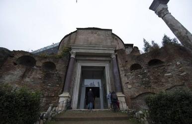 Roma reabre el Templo de Rómulo para mostrar al público la Fuente de Juturna | EURICLEA | Scoop.it