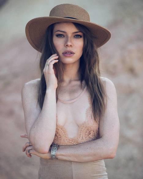Sensitive Fashion Photography by Steven Otte | PhotoHab | Scoop.it