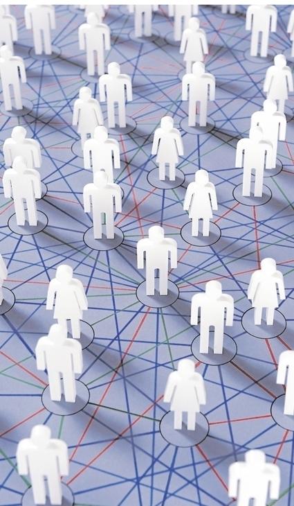 LinkedIn et Viadeo, deux réseaux incontournables pour la carrière | CommunityManagementActus | Scoop.it