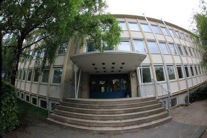 Flüchtlingsheim im Nobel-Viertel: Die MOPO zu Besuch in der umstrittensten Unterkunft der Stadt | Sophienterassen | Scoop.it