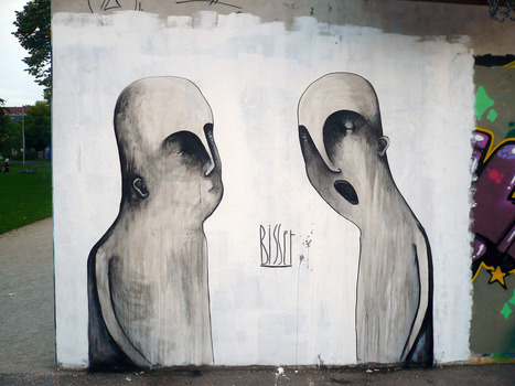 Grey Ghosts « I Love Belgium | World of Street & Outdoor Arts | Scoop.it