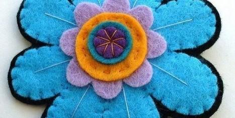 20 DIY Felt Flower Tutorials - Sortrature   Bazaar   Scoop.it