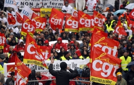 CGT union members march in Marseille on October 8, 2015 to protest against austerity policies by France's Socialist government | glObserver Global Economics | glObserver Europe | Scoop.it
