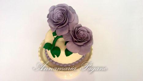 Delle dolci rose color glicine...   Cake Design e Decorazioni Torte   Scoop.it