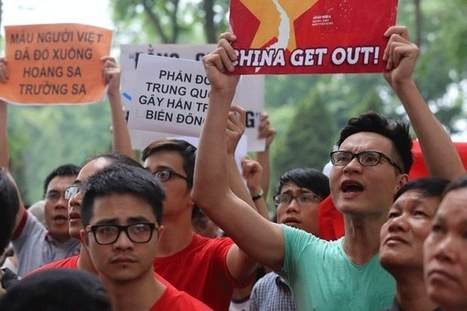 Vietnamese Stage Mass Anti-China Protests Amid Oil Rig Tensions | North America, South America, Asia | Scoop.it